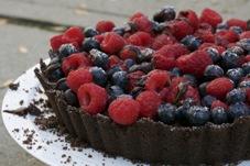 chocolate y frutas del bosque pasta